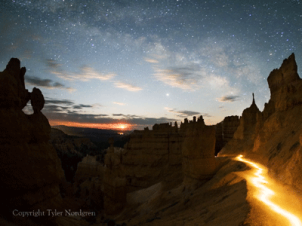 Moonrise over Navajo Loop in Bryce Canyo